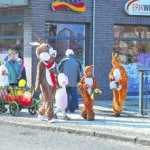 Osterhasen-Familie ist wieder in Spremberg unterwegs