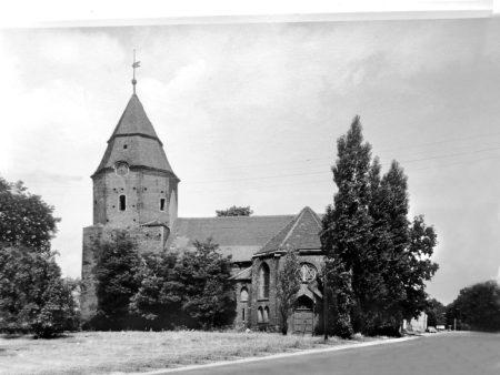 Damals war's Niederlausitz: Nur eine von drei Glocken überlebte