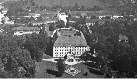 Damals war's Niederlausitz: Schloss in polnischer Niederlausitz