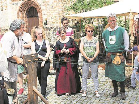 Senftenberg feiert Peter-und-Paul-Markt