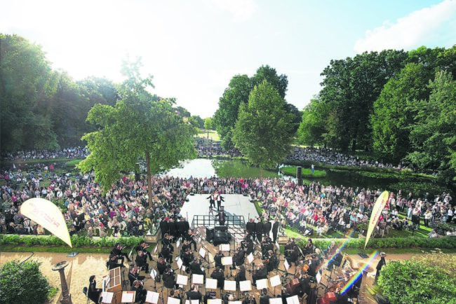 Theater und Musik in Pücklers Park