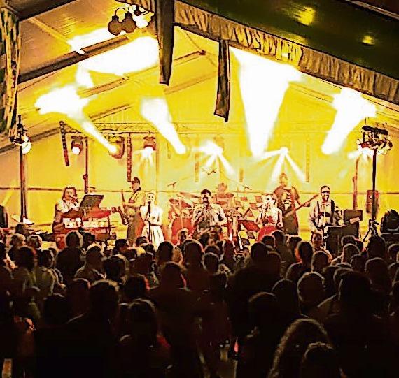 Turnow feiert wieder ausgelassen Oktoberfest