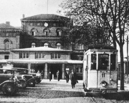 Bilder aus dem alten Cottbus: Einzelner Triebwagen fuhr zum Markt