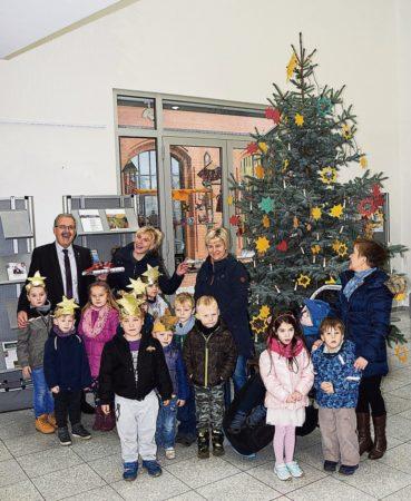 Forst: Weihnachtsbaum und Spende