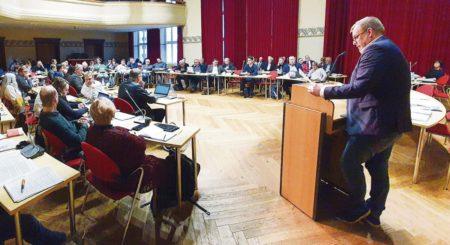Cottbus: Sportlicher Glanz im Stadtparlament