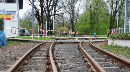 Kleine Cottbuser Bahn will putzen