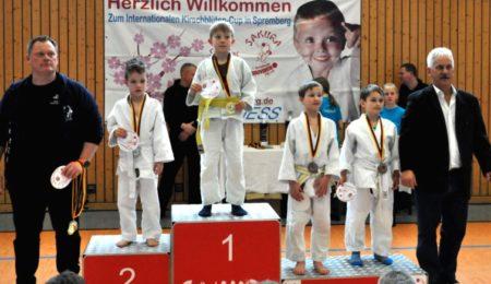 Gold für Spremberger SAKURA
