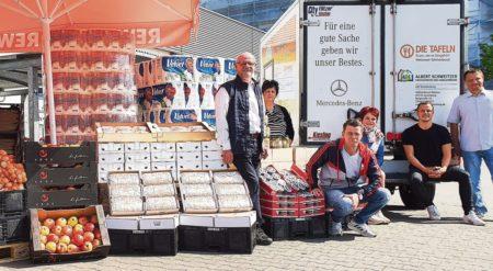Cottbus: REWE-Kunden helfen, wo jetzt Bedarf am größten ist