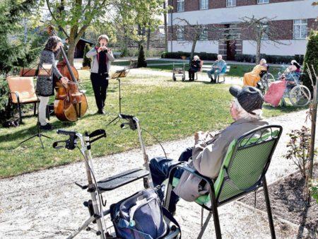 Cottbus: Philharmonie zu Gast im Seniorenheim