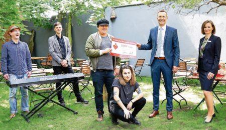 Region: Sparkasse Spree-Neiße hilf den Kreativen der Freizeit