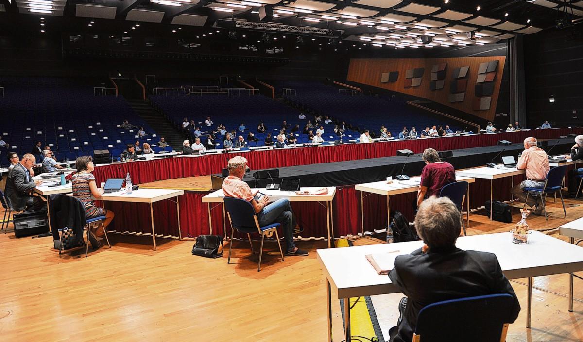 Region: Becker will ab September bauen