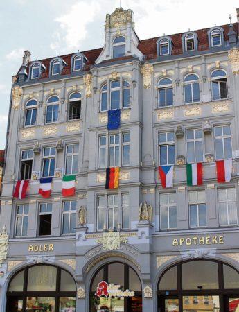 Senftenberg zeigt Flagge