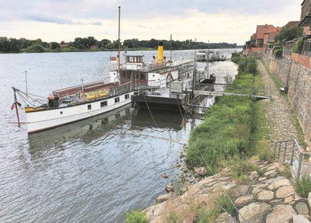 Die Elbe: Wehr- und Wachtürme