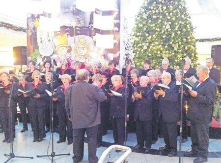 Groß Gaglow: Unsere Lieder schweigen nicht