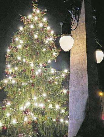 Weihnachtliches Cottbuser Staatstheater