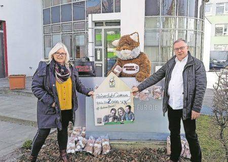 Reiseclub Cottbus unterstützt Ronald McDonald Haus mit Spende