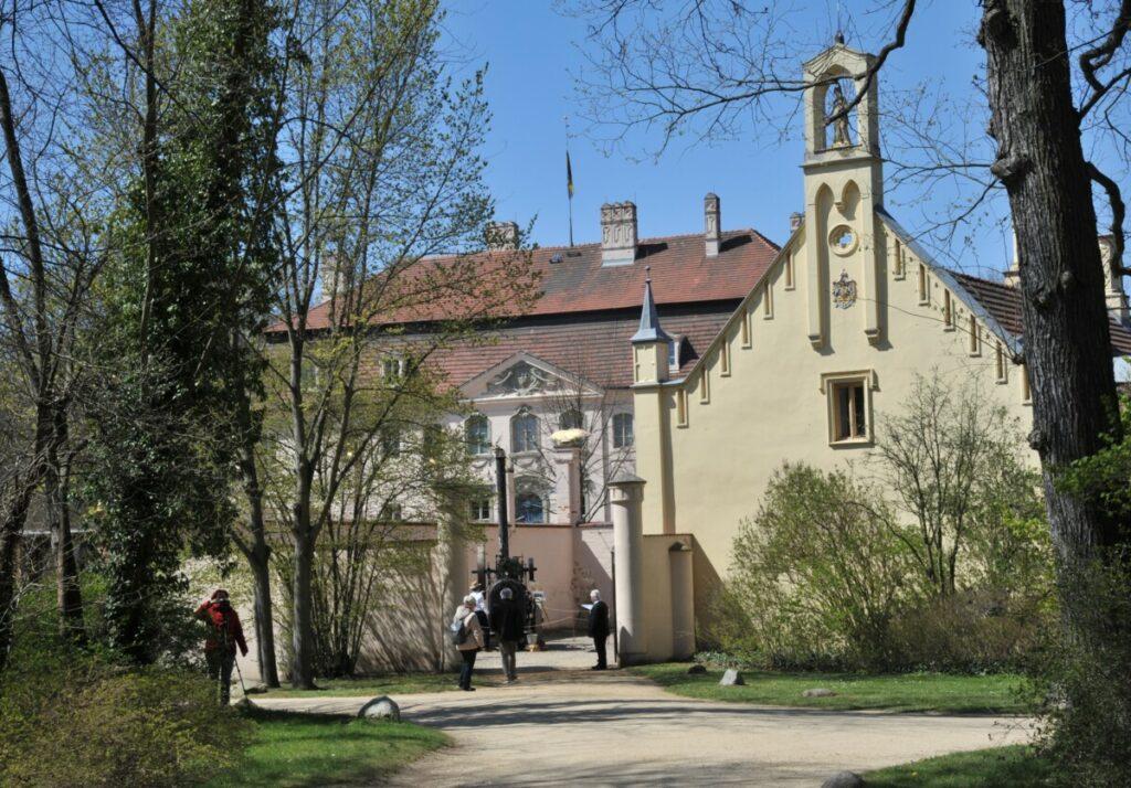 Wieder Heimat entdecken: Spreewald, Branitz und die Slawenburg laden ein