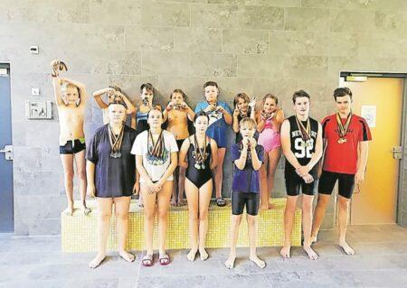 Erster Schwimmwettkampf nach Corona-Pause in Forst